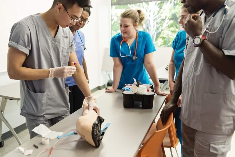 Class Draws Blood Phlebotomy Training Arm Instructor 21